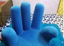 كرسي علئ شكل يد للبيع