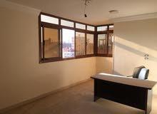 شقة مميزة تشطيب سوبر لوكس بموقع حيوي جدا للبيع