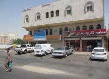محل تجاري على شارع صاري