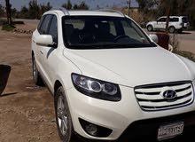 Hyundai Santa Fe 2011 For sale - White color