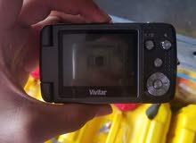 كاميرا للبيع لا اعلم مواصفاتها ولا يوجد بطاريه ولا شاحن الكاميرا بسعر 15 الف ريا