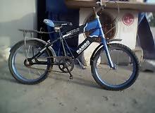 عندي زوز دراجات يبي كبراتونيات و كرماداليات