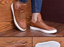 الحذاء الشبابي الأول من روما جروب
