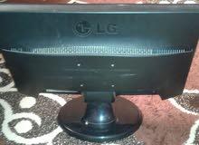 شاشة كمبيوتر LG نظيفة للبيع 25دينار السعر قابل للتفاوض