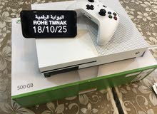 Xbox One device with advanced specs and add ons for sale directly from the owner