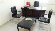 دیسکونت طاولة مكتبية رقم واحد مع الكراسي و مع خصم