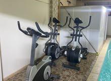 اجهزة رياضية حديثة للبيع مستعمله مشايه رياضية و عجلات رياضية