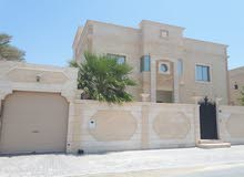 VILLA for rent in amwaj island 3 story 4 master bedrooms +maid room,8 bathrooms