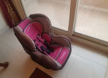 Car seat ماركة Nania الفرنسية بحالة ممتازة