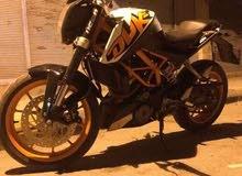 دراجة KTM Duke 390 بحالة ممتازة