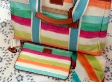 للبيع جنطة Coach ملونة