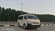 Toyota hiace midroof 2015