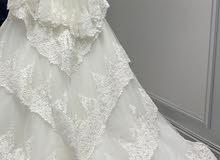 فستان زفاف فخم من الامارات