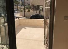 شقة ارضية للبيع في السابع خلف البرجر كنج 170م تشطيب سوبر ديلوكس