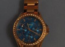 ساعة نسائية ماركة fossil الاصلية مستعملة