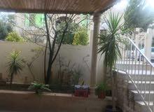 شقة ارضية دوبلكس فاخرة للبيع في ام السماق 240م مع حديقة وترسات 200م
