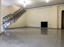 شقة للأجار ارضي 4 نوم في ضاحية النخيل