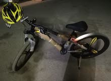 دراجه هوائيه مقاس 26 مستخدم جديد بكل لوازم الي معها والإكسسوارات