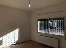 شقة فارغة للايجار الرابية خلف بنك الإسكان 3نوم صالون 330د