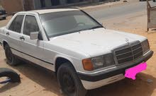 سيارة 190 نظيفه جدا للبيع   جميع وسائل الدفع متاحة الفظة أو العقار نيمروات أو دار