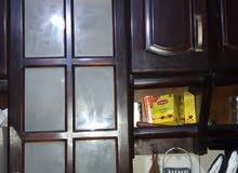 للبيع مطبخ مستعمل بحالة ممتازة 13 متر خشب ارو