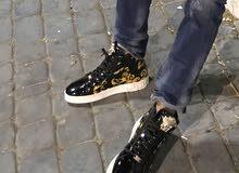versace حذاء فيرزاتشي أصلي جديد مستعمل مرة واحدة