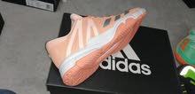 لتجار الجملة احذية ادايدس Adidas اصلية استوكات