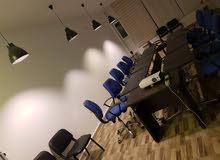 تجهيز قاعة تدريب او اجتماعات للجهات والأفراد