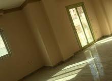 شقة للايجار ( أداري مقر لشركة او سكني ) بفيلا بمنطقة فيلات الحي الخامس أكتوبر