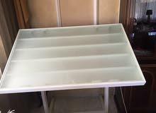 طاولة رسم هندسي (شف) بالاضوية الكهربائية شبة جديدة