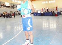 مدرب ملاكمة ولياقة