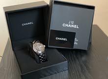 ساعة شانيل J12 H0682