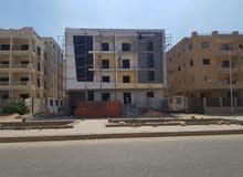استلم فوراً وبالتقسيط شقة 140م أرضي بأرقى أحياء مدينة الشروق