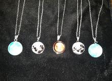 سناسل القمر المضيء مطلي بالفضة بسعر خيالي