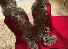 فستان للبيع مقاس 38-40