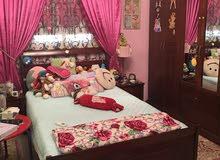 غرفة نوم للبيع خشب طبيعي نظيفة جدا تم شراؤها من هوم سنتر .