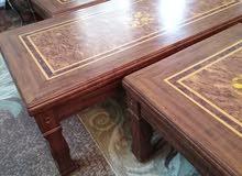 طاولات عدد 3 لون بني مميز