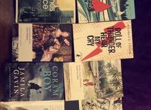 روايات باللغة الإنجليزية، شبه جديدة بأسعار قليلية