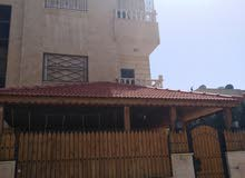شقه طابقيه الطابق الثالث في حي الخزنه طارق