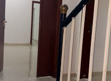 شقة أرضية للإيجار في العامرات(السادسة).