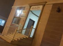 شقه للايجار شارع بيروت خلف مطعم حسني