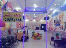 محل عصيرات بكامل عدته المحل جديد