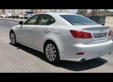 للبيع lexus is300 موديل 2008  وكالة البحرين قاطع 200KM فل اوبشن رقم 1 مسجل شهر 9