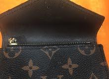 محفظة لويس فيتون