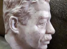 تمثال وجه