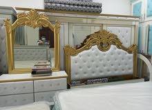 BED / BEDROOM SET
