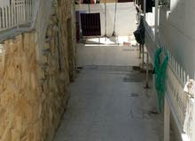 الزرقاء . حي رمزي بالقرب من المركز الاسلامي