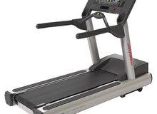 جهاز جري رياضي خاص للصالات الرياضية life fitness