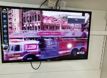 للبيع شاشة32 انش جديدة HD smartاوركا