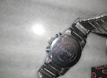ساعة Esprit للبيع بحالة ممتازة